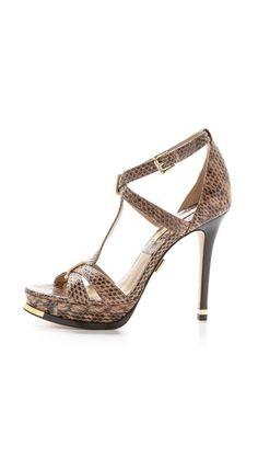 #LookAllure High Hill Shoes, Kitten Heels, Shoes Heels, Footwear, Fashion, Shoes Sandals, Slippers, Madness, Spike Heels