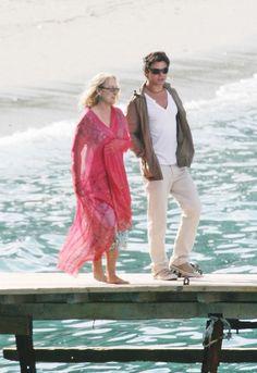 """In Skopelos island (Greece) during the filming of """"Mamma Mia! Mamma Mia, Famous Movies, Famous Faces, Good Movies, Meryl Streep Movies, Emma Watson Hair, Dominic Cooper, Emma Thompson, Best Actress"""