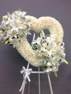 Flower Wreath Funeral, Funeral Bouquet, Funeral Flowers, Condolence Flowers, Sympathy Flowers, Funeral Floral Arrangements, Flower Arrangements, Angel Wings Decor, Casket Flowers