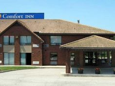 Parry Sound (ON) Comfort Inn Canada, North America Stop at Comfort Inn to discover the wonders of Parry Sound (ON). The property features a wide range of facilities to make your stay a pleasant experience. Take advantage of the hotel's free Wi-Fi in all rooms, Wi-Fi in public areas. Some of the well-appointed guestrooms feature television LCD/plasma screen, internet access – wireless (complimentary), air conditioning, heating, telephone. The hotel offers various recreational o...