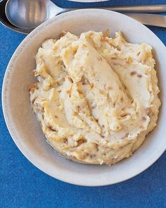 Mashed potatoes with caramelized onions.