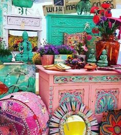 Hippie vibes ibiza style home decor helliehouse decorações hippie, artesana Bohemian House, Boho Life, Bohemian Interior, Bohemian Living, Bohemian Decor, Ibiza Style Interior, Bohemian Furniture, Gypsy Decor, Interior Design