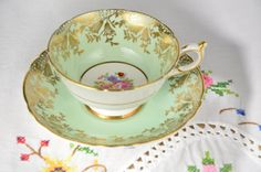 Paragon fine bone china tea cup and saucer/ green paragon tea cup by VieuxCharmes on Etsy