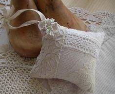 Linen and lace sachet