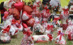 5 Valentine's Day Traditions You Should Stop Immediately