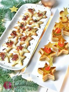 Christmas aperitif snacks for the whole Weihnachtliche Aperosnacks für die ganze Familie Snacking with the whole family is something great. All the better if the children can also help with the production. Appetizers For Kids, Holiday Appetizers, Holiday Desserts, Appetizer Ideas, Party Appetizers, Diy Gifts For Boyfriend Just Because, Snacks Für Party, Dessert Buffet, Food Blogs