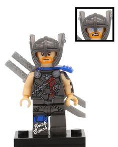 Custom LEGO miniature of Thor from the new film Thor Ragnarok Hulk Birthday Cakes, Custom Lego, Legoland, Gaming Chair, Thor, Skateboard, Miniatures, Skateboarding, Skate Board