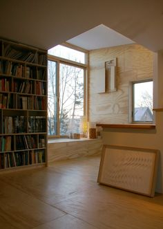 Window seat and bookshelves. Park House, PLY Architecture. Ann Arbor, Michigan. #window_seat #bookshelves #shelving