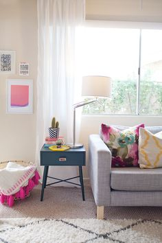 TELL: LIVING ROOM REDO AND GIVEAWAY