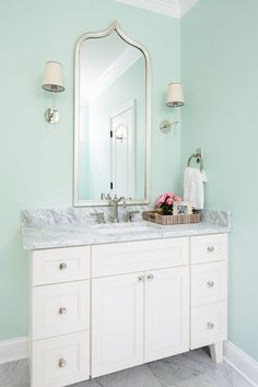 Mint green in the bathroom