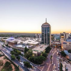 Sandton City is one of the biggest shopping malls in Johannesburg and one of the largest in Africa. Located in the centre of the Sandton central business district and just around the corner from the Sandton Gautrain station, the mall is readily accessible to tourists and locals, making it one of the most popular shopping destinations in Gauteng. Sandton Johannesburg, Central Business District, Africa Travel, San Francisco Skyline, South Africa, Shopping Malls, Paris Skyline, Tourism, Centre