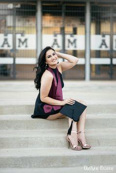 Chelsea Briana Photography | Texas A&M senior pictures | graduation cap photos | Aggie senior photos | senior photographer | Houston, TX | College Station