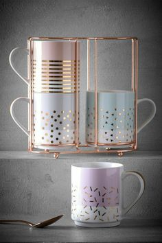 Cool Kitchen Gadgets, Kitchen Items, Kitchen Utensils, Cool Kitchens, Kitchen Tools, Coffee Cup Set, Cute Coffee Mugs, Pretty Mugs, Cute Cups