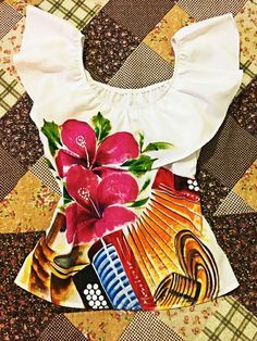 Resultado de imagen para camisetas de carnaval decoradas Isabel Sanchez, Casual Tops, Diy And Crafts, Summer Outfits, Hand Painted, Womens Fashion, Pattern, How To Wear, Clothes