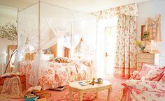 ベッドルーム(ピンク&白)【姫ルーム】Bedroom (White & Pink) Princess Room
