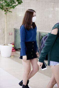 #gfriend, #sinb Airport Fashion
