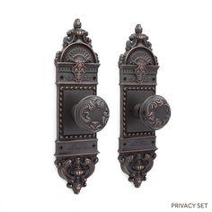 Chloe Small Decorative Plate & Swirled Edge Round Knob Set - Privacy -Oil Rubbed Bronze