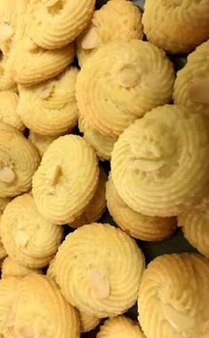 Snack Recipes, Dessert Recipes, Snacks, Desserts, Something Sweet, Greek Recipes, Biscuits, Almond, Chips