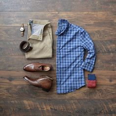 Men's Style by Taylrd Clothing, Button Down Shirt, Chinos, Chukka Boots #chinos #boots #watches #menswear