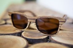 10 objets en bois auxquels vous vous attendez le moins #lunettes #bois http://www.novoceram.fr/blog/tendances-deco/10-objets-en-bois-insolites