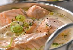 blanquette de saumon légère Weight Watchers, une recette facile et simple à préparer chez vous pour un déjeuner ou un repas du soir.
