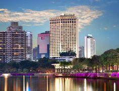 ✔ Giá từ: 3,898,000 VNĐ _______ ★ Số sao: 5 ___________________ ☚ Vị trí: Sukhumvit, Bangkok ____ ❖ Tên khách sạn: Khách sạn Sheraton Grande Sukhumvit __ ∞ Link khách sạn: http://www.ivivu.com/vi/hotels/khach-san-sheraton-grande-sukhumvit-W39752/ ∞ Danh sách khách sạn ở Bangkok: http://www.ivivu.com/vi/hotels/chau-a/thai-lan/bangkok-thai-lan/all/7511/