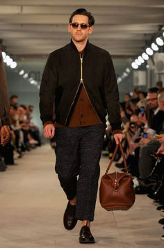 When it comes to fashion trends, it looks like 1970s style will be enjoying another season in the limelight. Citing English drummer Ginger Baker as the inspiration for his fall-winter 2016 collection, designer Oliver Spencer put on quite the charming show. Spencer's runway included an autumnal parade of rich brown hues and smart patterns. Known …