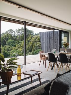 Fairytale vintage lodge in the woods, to modern container home high on a hilltop. Beach Furniture, Outdoor Furniture Sets, House Deck, My House, Eames, Cool Countries, Prefab, Interiores Design, Home And Living