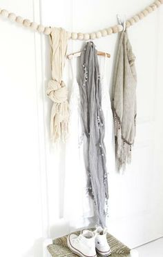 storing scarves with pins