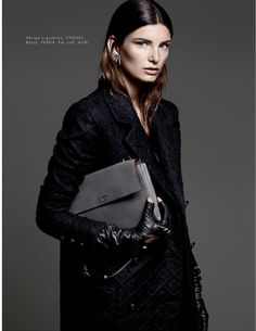 Ava Smith por Hannah Khymych para Elle México Novembro 2014  [Fashion]
