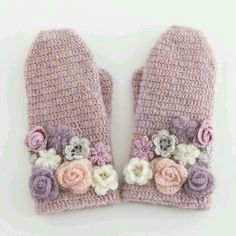 lovely crochet floral mittens