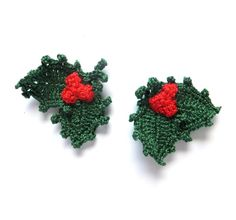 Christmas holly crocheted applique red berries green by eljuks,