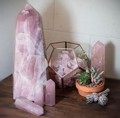 Rose quartz points for the win @_rockparadise_