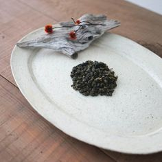 The exquisite taste is exactly what veteran tea connoisseurs truly appreciate. It is compounded with cold stony, mineral fragrance and incomparable velvety texture - reminiscent of a veiled high mountain wreathed in the cool air and soft cloud.   #oolongtea #bestlooseleaf #bestoolong #tea