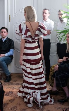 Conocimiento Metaforico Striped Silk-Taffeta Maxi Dress by Johanna Ortiz Silk Taffeta, Prabal Gurung, Designer Collection, Elegant Dresses, Fashion Details, Designing Women, Fashion Art, Casual Wear, Dress Skirt