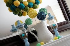 Love the yarn ball wreath!
