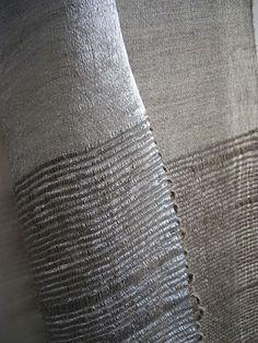 metallic-slub3  Hiroko Takeda   #handweaving #textiles #weaving