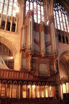 St Thomas Episcopal Church, New York, New York.inside and out, this church was beautiful.the woodwork and that organ! St Thomas Church, Cool Pipes, Organ Music, Weekend In Nyc, Church News, Cathedral Church, Pipe Dream, Episcopal Church, Place Of Worship