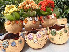 Cement Flower Pots, Container Plants, Plant Containers, Pinch Pots, Succulent Pots, Terracotta Pots, Clay Projects, Clay Earrings, Plant Decor