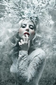 61 Ideas For Makeup Artist Photoshoot Ideas Snow Queen Snow Queen, Queen Ii, Dark Beauty, Fantasy Photography, Portrait Photography, Fashion Photography, Woman Photography, Photography Ideas, Dark Fantasy