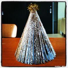 #upcycled #magazine into mini #christmas #tree