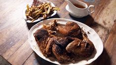Poulet en crapaudine de Fred Savard Quebec, French Toast, Beef, Christian Bégin, Cooking, Breakfast, Recipes, Food, Table