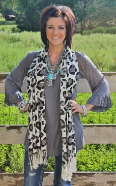 This website has the cutest clothes for cheap! I love Giddy Up Glamour