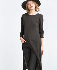 Image 4 of LONG TOP WITH VENT from Zara