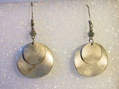 Vintage Silver Disc Dangle Earrings      Pierced Ears by GemstoneCowboy on Etsy