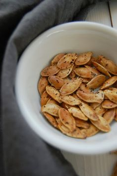 Dream Crafter: 10 Roasted Pumpkin Seed Recipes