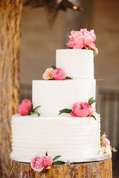 Pink peony topped cake: http://www.stylemepretty.com/california-weddings/santa-barbara/2015/06/30/colorful-spring-wedding-at-santa-barbara-historical-museum/ | Photography: Marianne Wilson - http://mariannewilsonphotography.com/