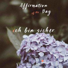 das Leben lieben Affirmationen Contest LP Happy Foods, I Am Happy, Affirmations, Club, Self Love Affirmations, Positive Thoughts, Life, Im Happy, Positive Affirmations
