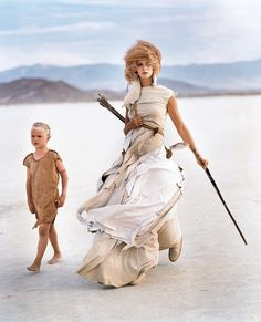 Photographer Arthur Elgort To Be Given #Vogue Vogue, September 2000 A Madly Max model in the desert, wearing Yohji Yamamoto.