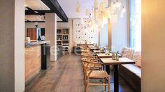 ¡'Born to be alive'! Vive la auténtica gastronomía catalana en el bohemio barrio de El Born y redescubre las recetas que llevas disfrutando desde que naciste. Muy cerca del Parc de la Ciutadella se emplaza Districte Born, restaurante especialista en cocina de mercado con acento 'made in Catalonia'. ¡Reserva tu mesa y demuestra porque naciste para ir a los mejores restaurantes! http://www.eltenedor.es/restaurante/districte-born/29264?isRestaurantAutocomplete=1